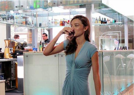 Nước uống noni có tốt không?