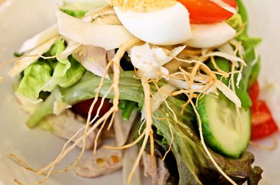 Món Salad nhân sâm Hàn Quốc